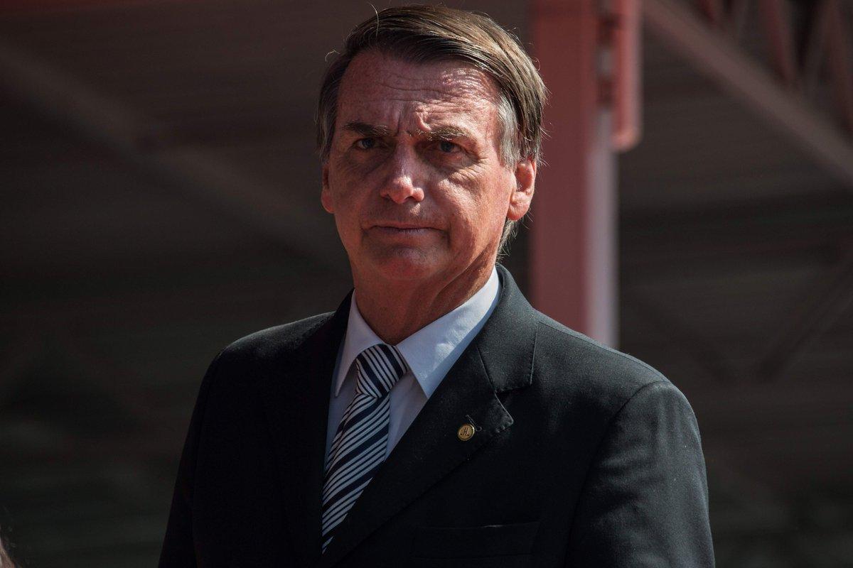 Bolsonaro quer tipificar atos do MST e do MTST como prática terrorista https://t.co/E5mIqFGkFz