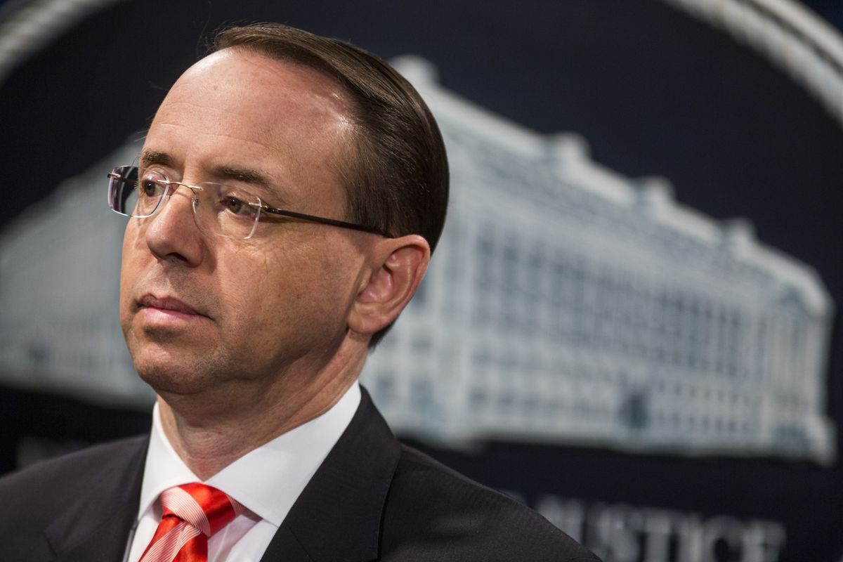 Deputy Attorney General Rod Rosenstein and FBI Director Christopher Wray to meet with Trump at the White House, official says https://t.co/cek9dGZwdL