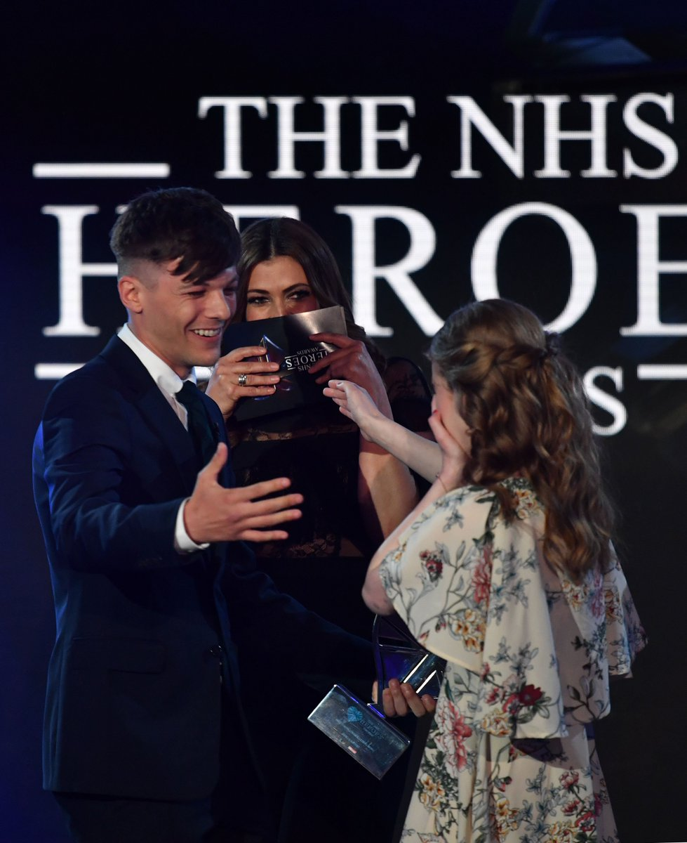 After being named our Young Fundraiser at the #NHSHeroes awards, Freya was surprised by the stars of @itvcorrie and @Louis_Tomlinson who told her she is 'absolutely incredible' - we agree! #NHSHeroesAwardsA#NHS70wards