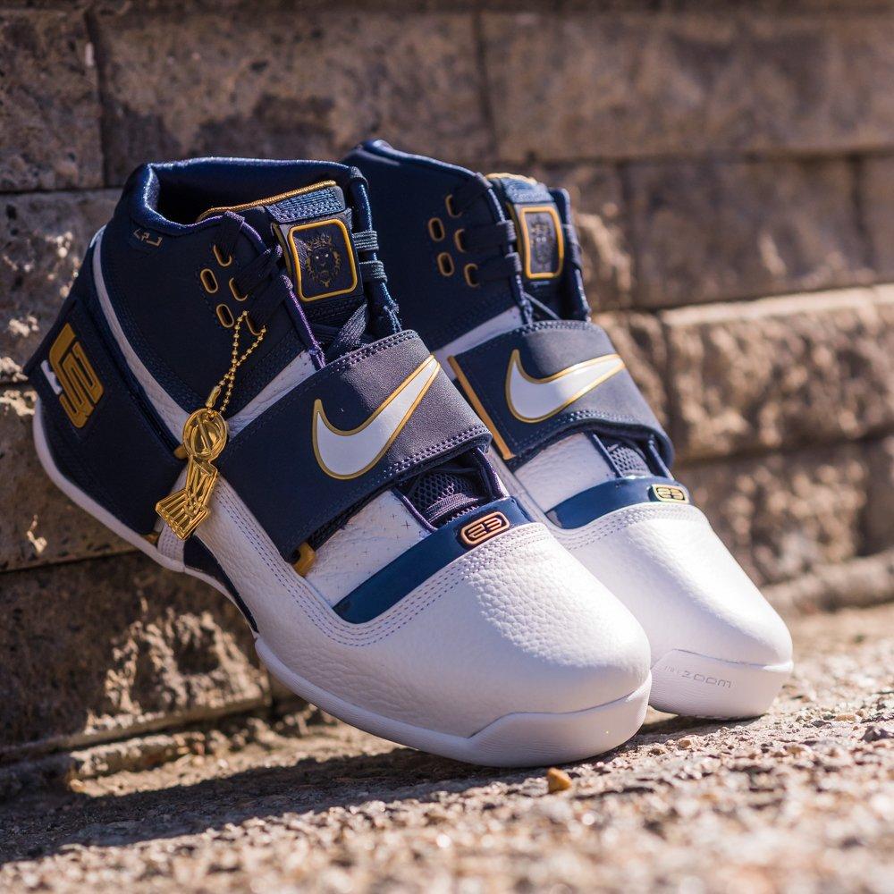2d45c15dd824 GB S Sneaker Shop on Twitter