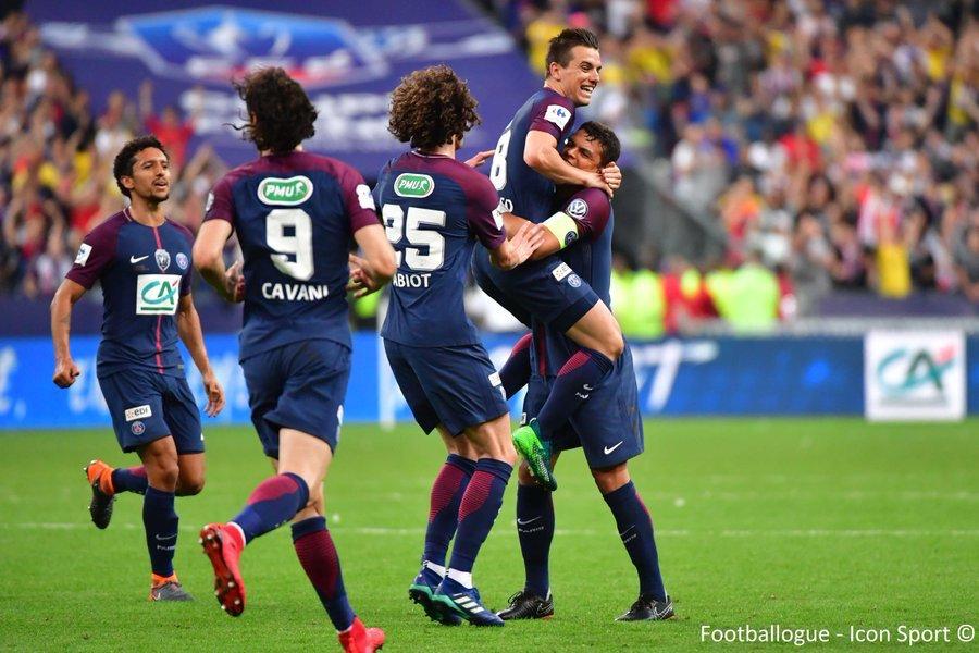 [#Stat📊] Les meilleures attaques en Championnat  1️⃣ PSG🇫🇷 108⚽️ 2,84 buts/match) 2️⃣ Man City🏴 106⚽️ (2,78) 3️⃣ Barcelone🇪🇸 99⚽️ (2,60) 4️⃣ Real Madrid : 94⚽️ (2,47) 5️⃣ Bayern 92⚽️ (2,70)