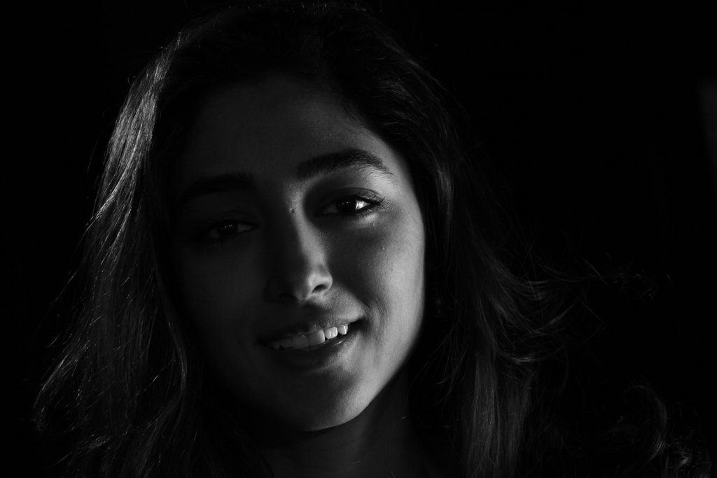 Golshifteh Farahani on Wikipedia is illustrated with this. #CHANELinCannes Can you do better? https://t.co/lJyqJ3QDZz https://t.co/XlAqYZaqRE