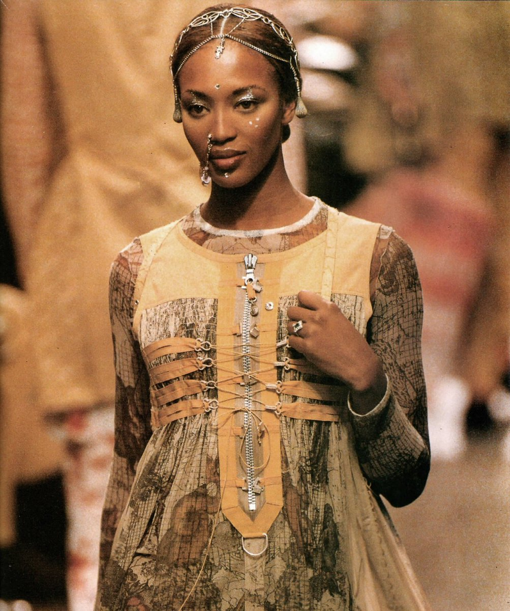 #HappyBirthday to the iconic @NaomiCampbell ! #throwback #JeanPaulGaultier #RTW #SS94