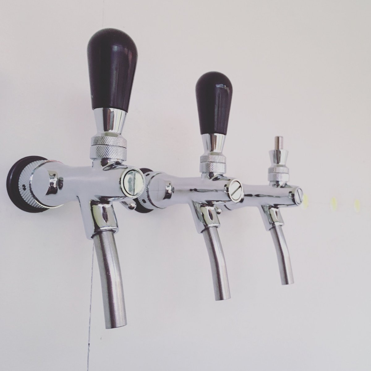 Beer tap hook up