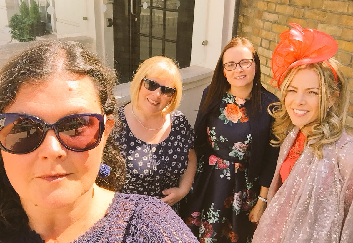 Off to the Palace selfie #RoyalGardenParty