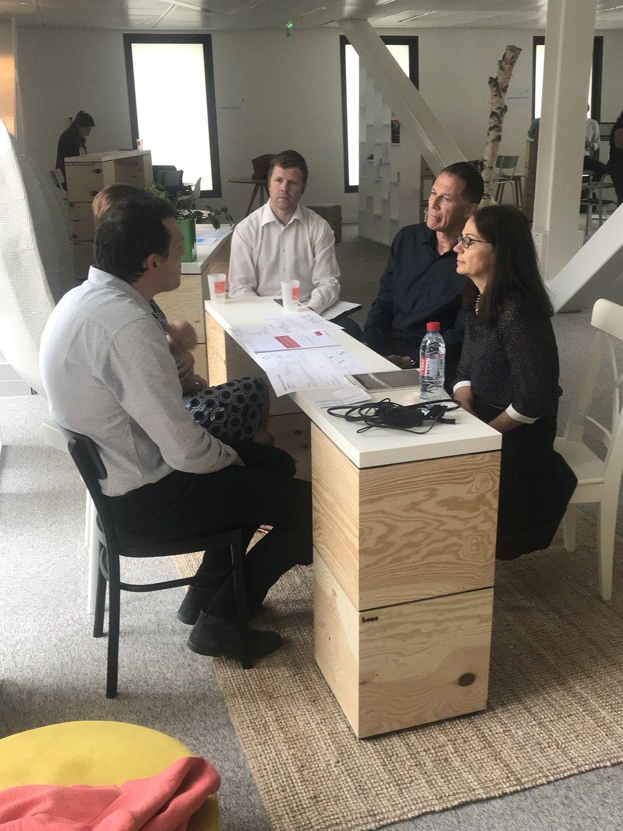 Après midi stratégique au SILEX @EMLYON ! #projets #earlymakers #digital #transformation #IBM  cc @belletante @ThierryPicq @Philippe_MONIN @Antoine_Pin @guichardemilie1<br>http://pic.twitter.com/DA6Qq7LSA4