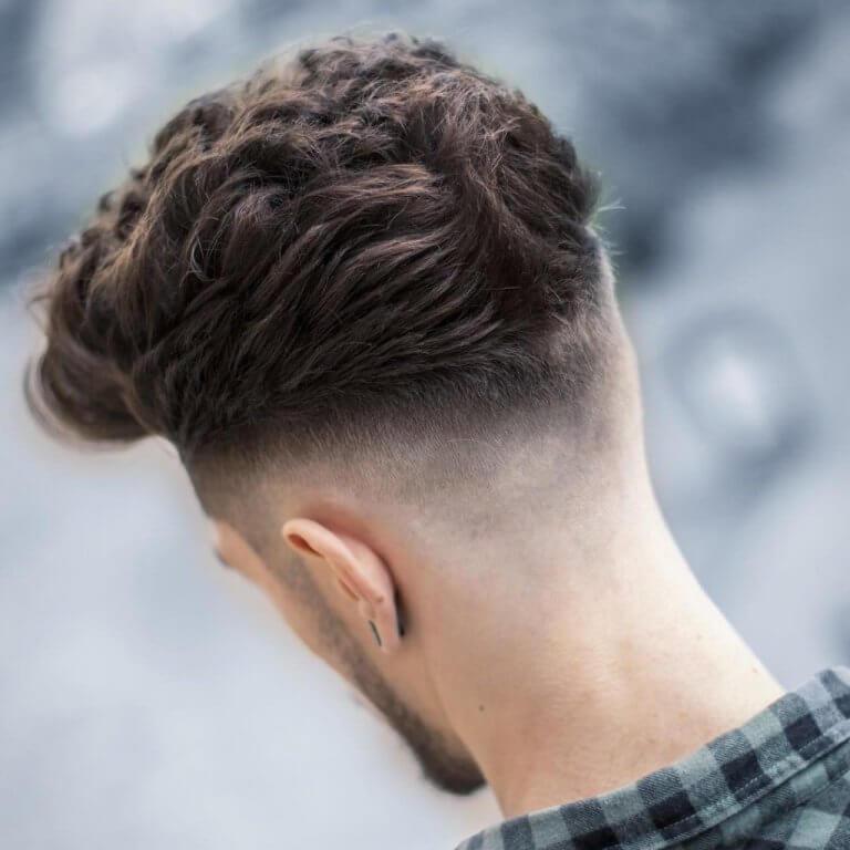 Walter Barbershop On Twitter 3 Textured Bangs Gaya Yang Menonjolkan Jambul Rambut Dibawa Ke Bahagian Depan Potongan Ini Mempunyai Banyak Ciri Tekstur Penuh Di Tepi Di Depan Dan Pudar Di
