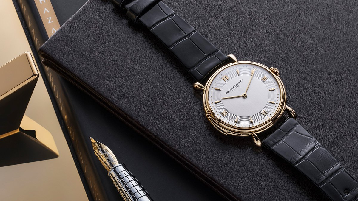 Les Collectionneurs exhibition arrives to NY, embracing a century of Vacheron vintage highlights now available to purchase. Find out more via @HODINKEE ow.ly/g45x30kjTil