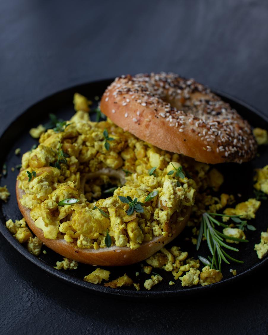 Tofu Scramble ...and more creative recipes on my instagram https://t.co/pzvHWl778a #Vegan #food #breakfast https://t.co/yupPGofHkg