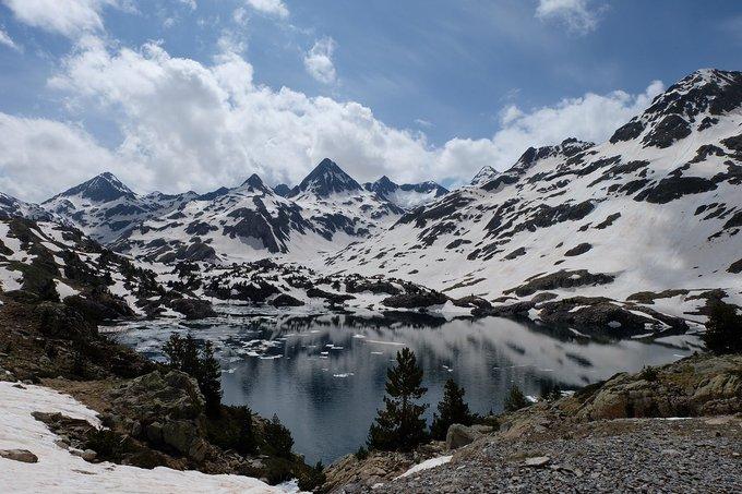 [NUEVO REPORTAJE]  Valle de Aguas Limpias-Respomuso (2200 m), 2/6/2018  https://t.co/sQMq5E4Std