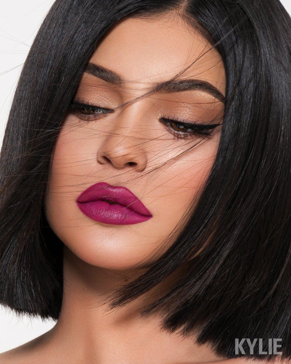 Kylie Jenner (@KylieJenner)