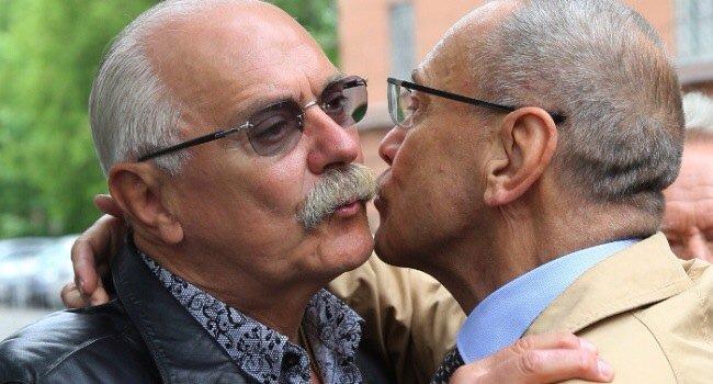 """""""Якщо двоє чоловіків цілуватимуться, то ми звернемося в поліцію. Далі - це їхня справа"""", - 300 козаків наглядатимуть за фанами в Ростові під час ЧС-2018 - Цензор.НЕТ 1207"""