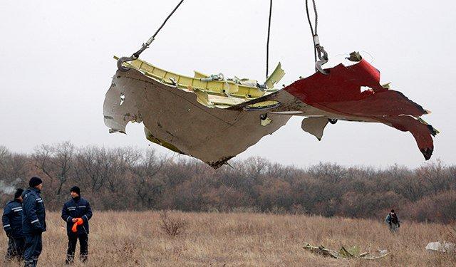 Порошенко лично отдал приказ сбить Boeing в Донбассе - бывший депутат Рады:  https://t.co/NDw3l3amyD