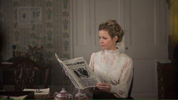 Suffragettes, le docu-drama de la BBC avec Lucy Worsley De4J0dtWAAAKJg8
