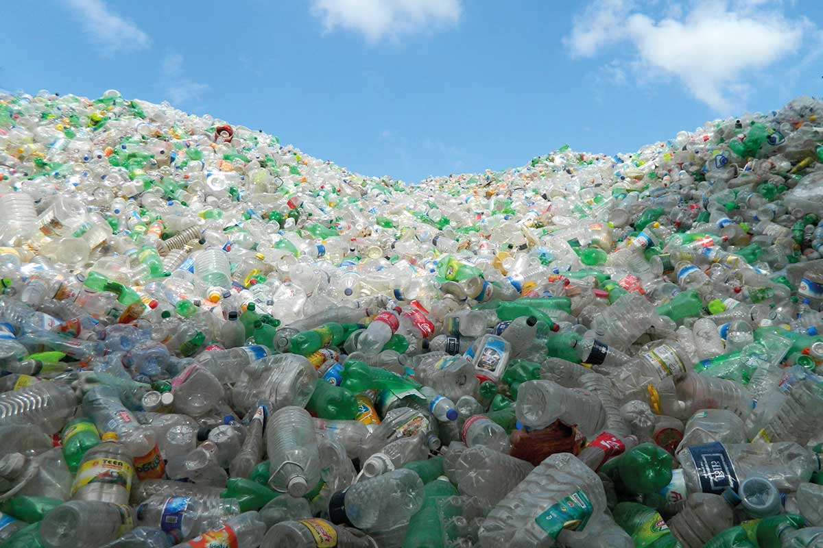 Global Plastic Pollution by the Numbers: 1 million plastic bottles bought every minute #WorldEnvironmentDay