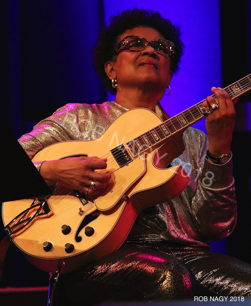 Happy birthday to jazz guitarist Monnette Sudler. Photos by Rob Nagy 2018 @monnettesudler @guitar @music @jazzpic.twitter.com/0b4W6zdtN1