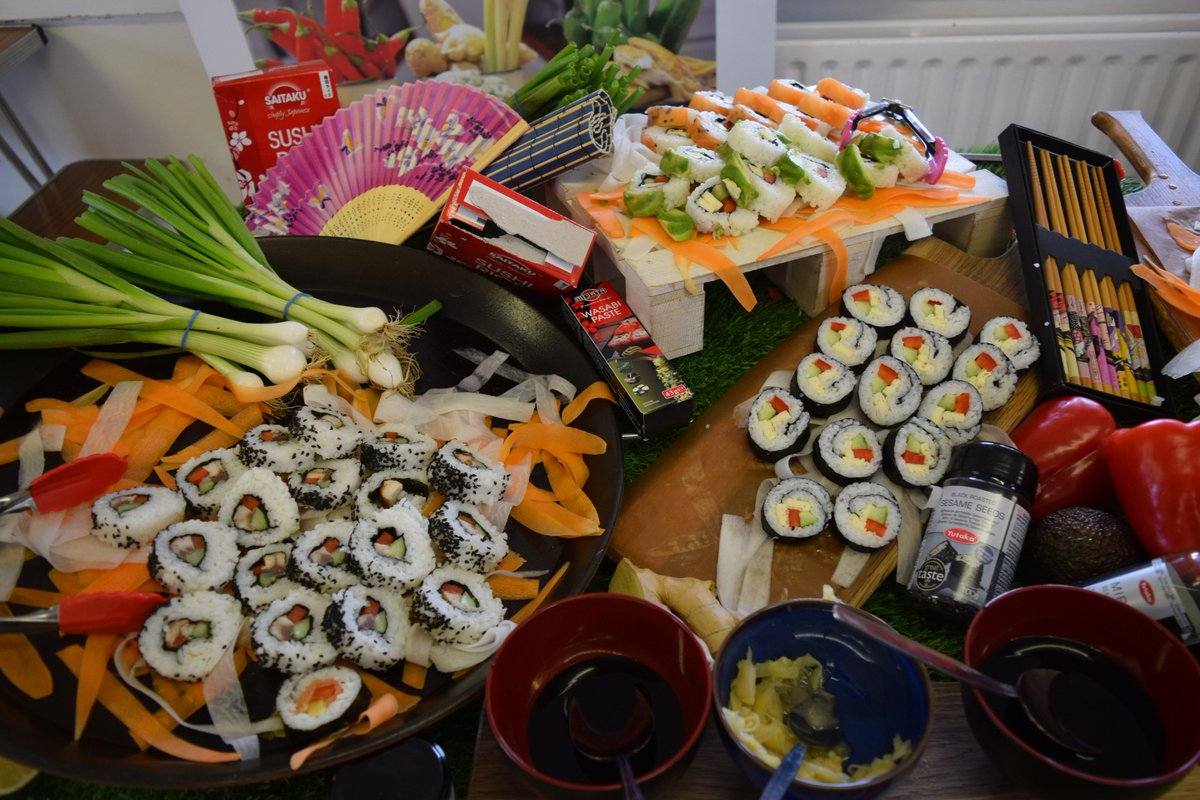 Chesham Prep School On Twitter What A Treat We Had For Lunch Today Holroydhowe Set Up A Delicious Sushi Station In The Dining Hall For The Pupils To Try Teamcheshamprep Sushi When comparing to other grocery stores, the $5 sushi at publix is actually quite good. twitter