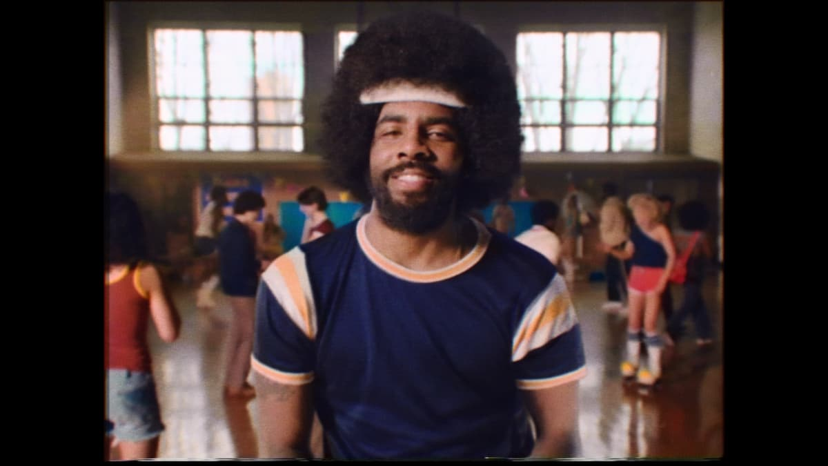 09700db8 KyrieIrving turns back the clock in brand new Uncle Drew commercial.  https://trib.al/9RXXXon pic.twitter.com/kAI7iSVPm8