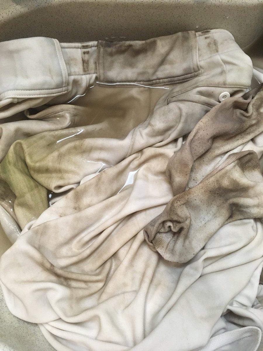 test ツイッターメディア - 毎日??汗と泥まみれのユニホームを洗濯するのが日課 臭いし落ちない泥と格闘! そんな泥がよく落ちる洗剤を セリアで発見?? 色々使ってみたけど、これはいける?? #セリア #泥汚れ #ユニホーム https://t.co/w6UaVjUTrp