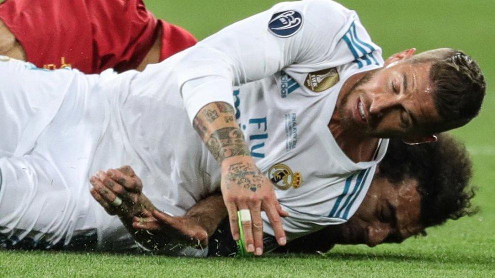 Ramos: 'Joder, le han dado una bola al tema de Salah... Después el portero dice que estaba conmocionado por un choque conmigo. Ya solo falta que Fimino diga que estaba resfriado porque le cayó una gota de sudor mío' https://t.co/EDOxJKDJsV