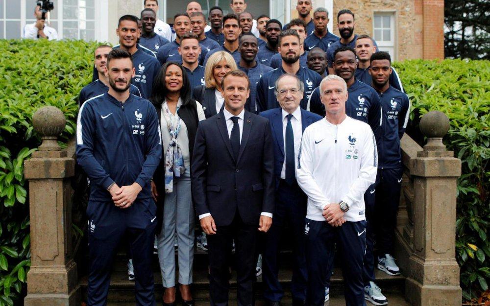 ¿Cuánto mide Didier Deschamps? - Real height De7mIYaWsAAU9uG