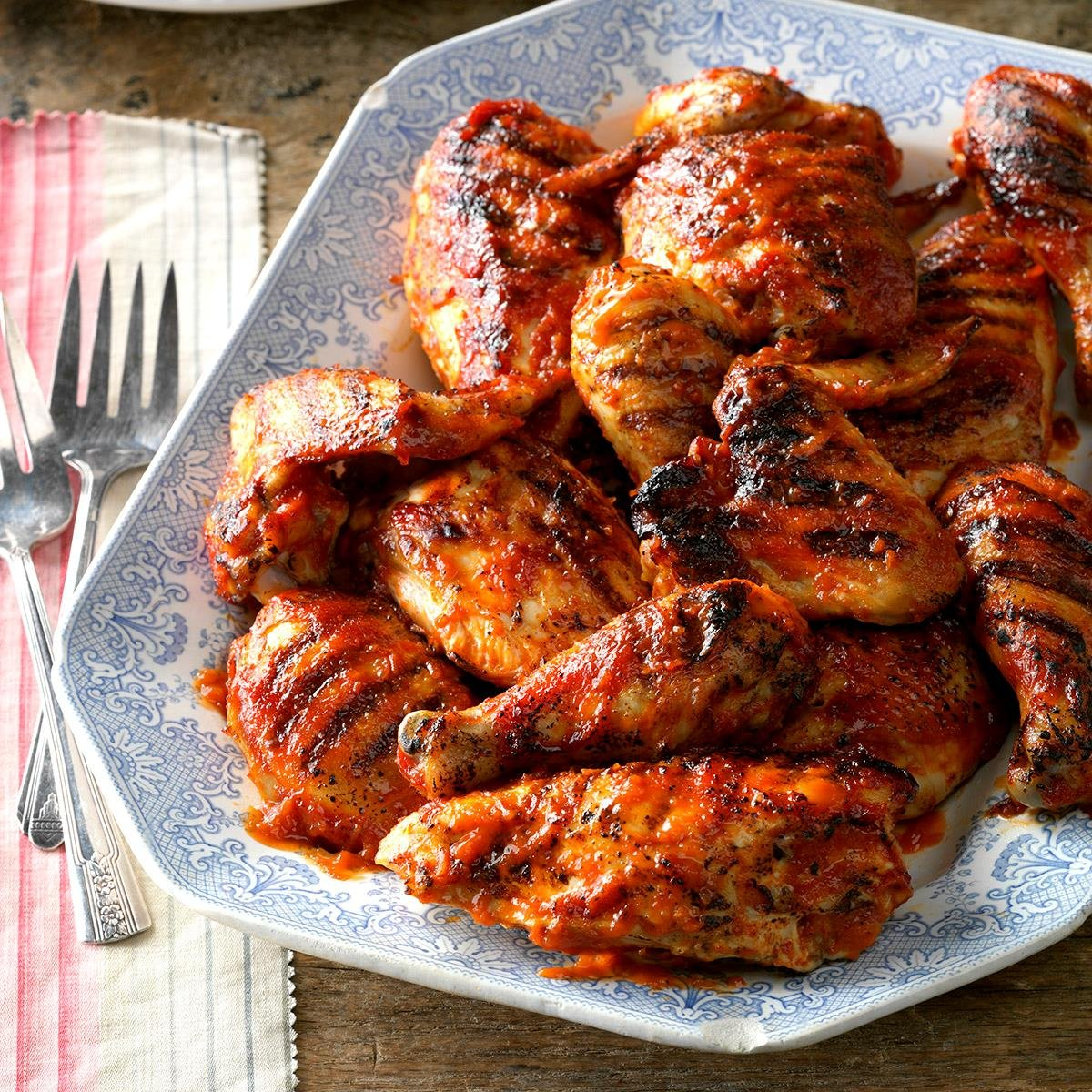 #FridayMorningMarkout Barbecued Chicken Wings > Crossface Chicken Wings ~ via @TasteOfHome https://t.co/Pj55dcXNLn https://t.co/SV9Ty1mqqC