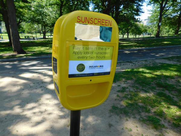 Boston is the first Northeast city to pilot free sunscreen dispensers in public parks.   <br>http://pic.twitter.com/sRlCISKK8k