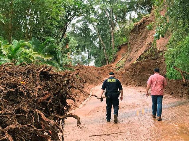 #Kauai to receive initial $25 million in response to April rains, floods https://t.co/7YWvJXnUNZ #Hawaii #flooding