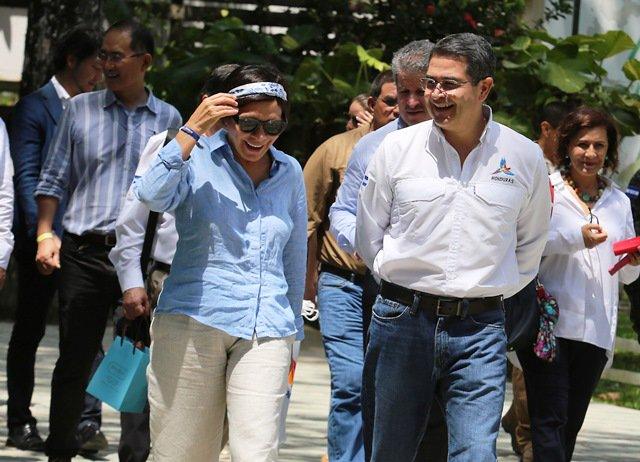 "HONDURAS: ""EL RANGER"" DE LEMPIRA QUE DOMINÓ ""EL CAPITAL"" https://t.co/Ehwvd56oY8 #Honduras #GruposdePoder #Lempira https://t.co/gn4lBcXbyh"
