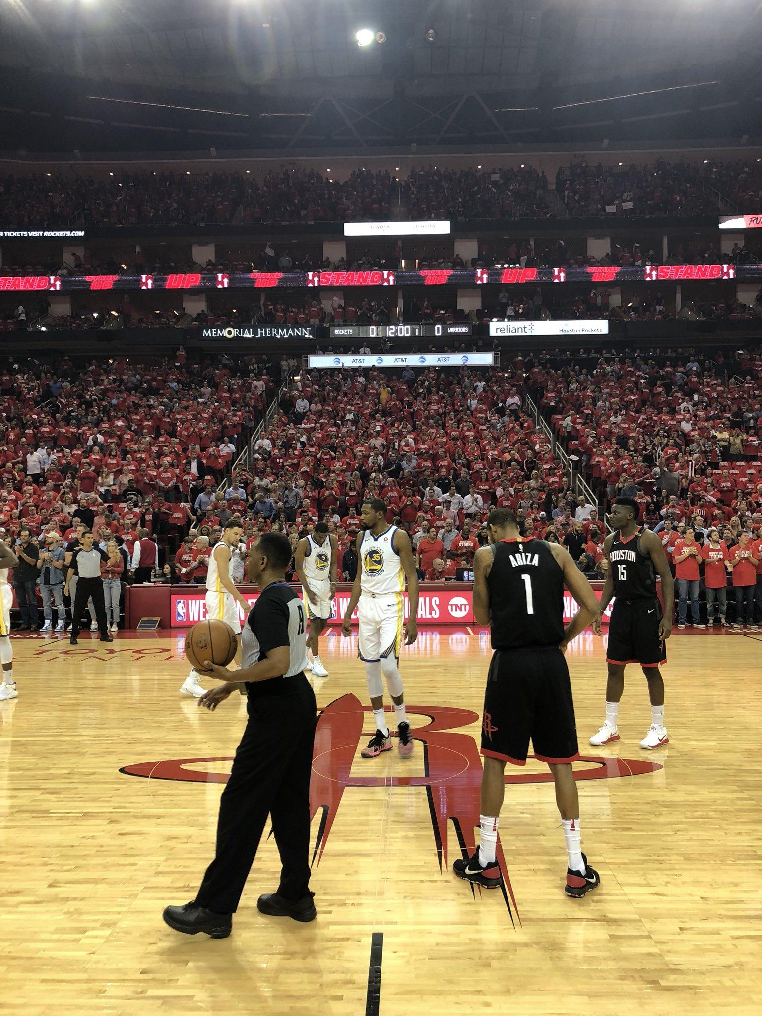 Game 5 starts NOW!  ��: @NBAonTNT https://t.co/S91AJNpP8u
