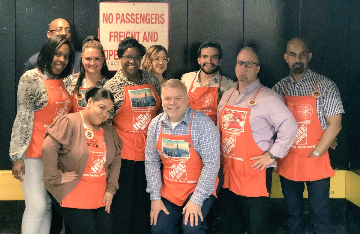 FANTASTIC visit from Joyce,Joseph ,Carly and Dawn Culture,Values,Diversity,Coaches etc...Thank you for stopping by and being part of our Manhattan Home Depot family  Team6175 #TakingCareOfOurPeople @JoyceRi84818802<br>http://pic.twitter.com/ZuPjOXJ1iK