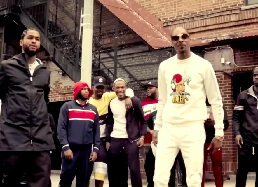 New Video: @SnoopDogg & @DaveEast 'Cripn 4 Life' https://t.co/M7C7b7YkGV https://t.co/X2G7QHoyxi