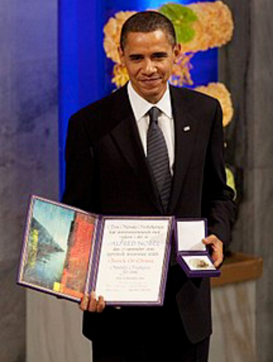 Win Some, Lose Some (Big Sean)  #IdLikeToDedicateThisSongTo a PRESIDENT currently dusting off his Nobel Peace Prize  AND...   a loser schmuck *PREDISENT* presently dusting off a worthless Commemorative Coin<br>http://pic.twitter.com/1XPXfIecNP
