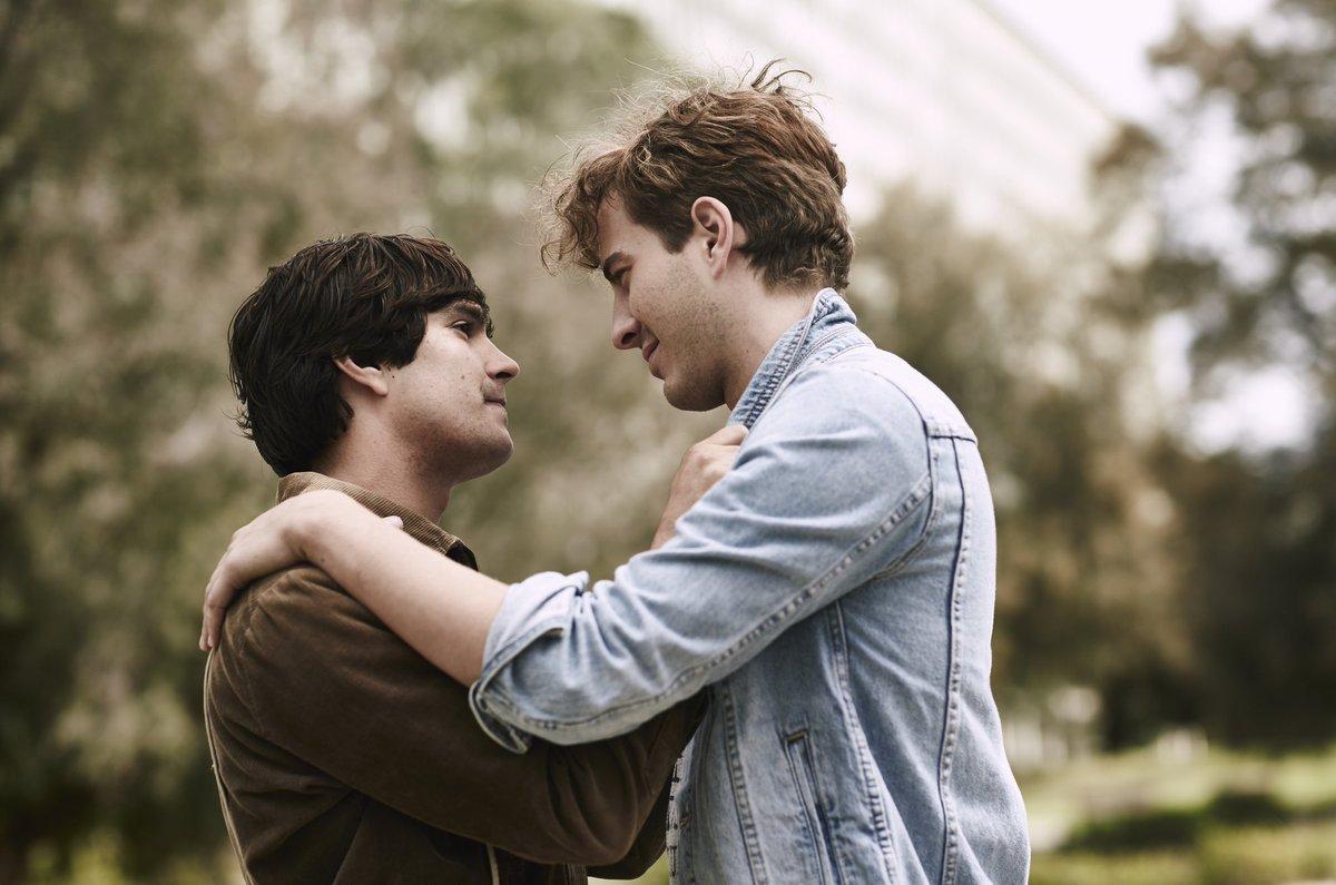 romanticheskie-filmi-pro-geev