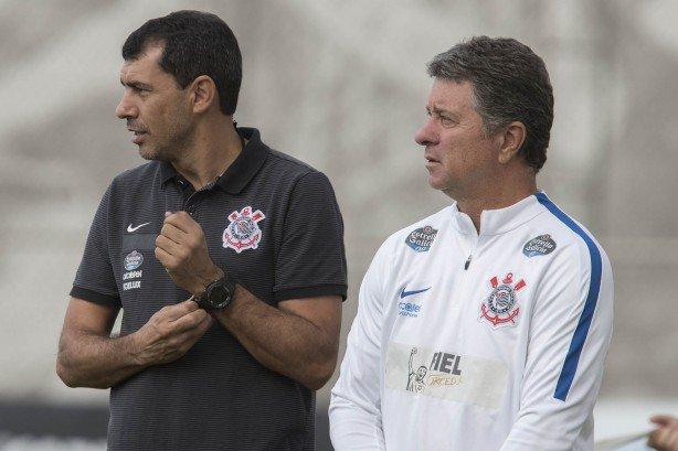 TERCEIRO TEMPO  Ex-preparador físico do @Corinthians , Walmir Cruz fala sobre sua transferência para o @alwehdaclub1 junto com o técnico Fábio Carille.  OUÇA! https://t.co/sjQiKGNu5t   #FocoEmVocê