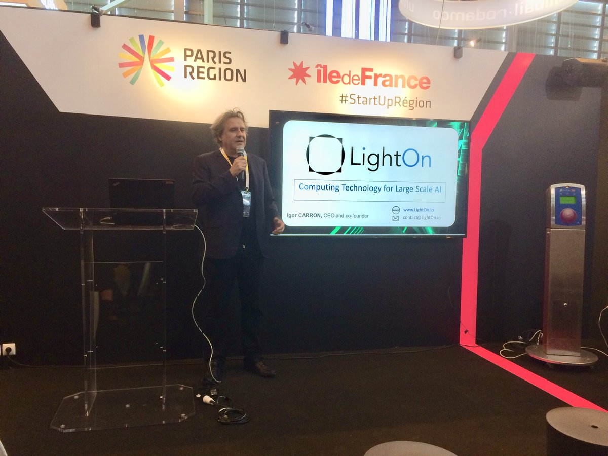 Now pitching @LightOnIO on @ParisRegion stage at #VivaTech ! Introducing large scale #AI using light
