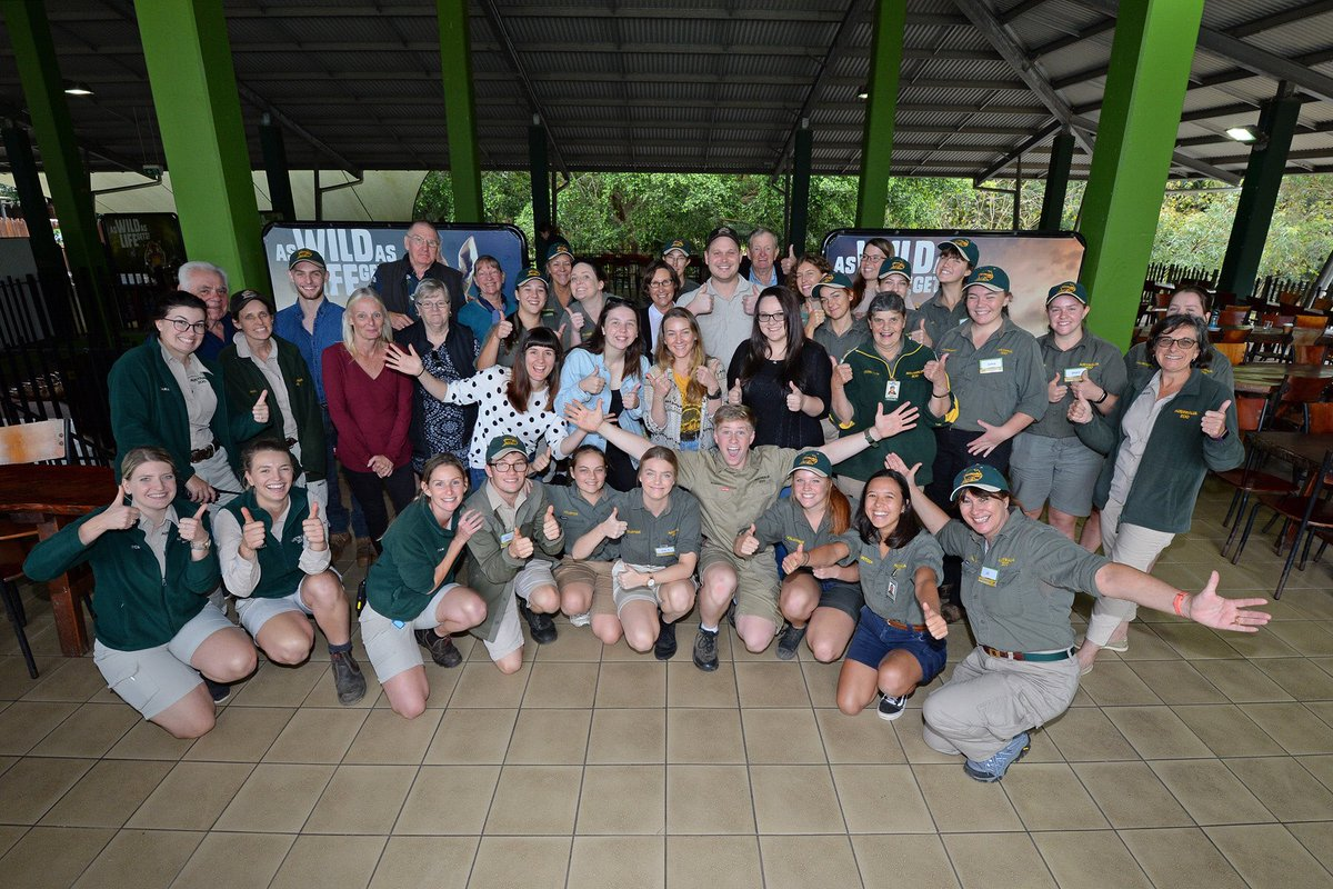 Happy #NationalVolunteerWeek  We love all of our amazing volunteers @australiazoo They do so much to make sure all our animals are happy and spread our message of conservation to everyone who visits #AustraliaZoo<br>http://pic.twitter.com/SD39rkHday