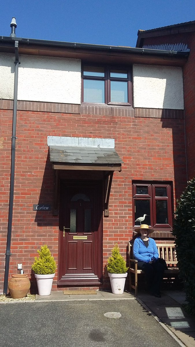#lastminute #halftermholiday  #availablity @curlewinpoole #selfcatering #holidayhome for 4 people near #pooleharbour and #poolequay <br>http://pic.twitter.com/jy0ztl1wpx