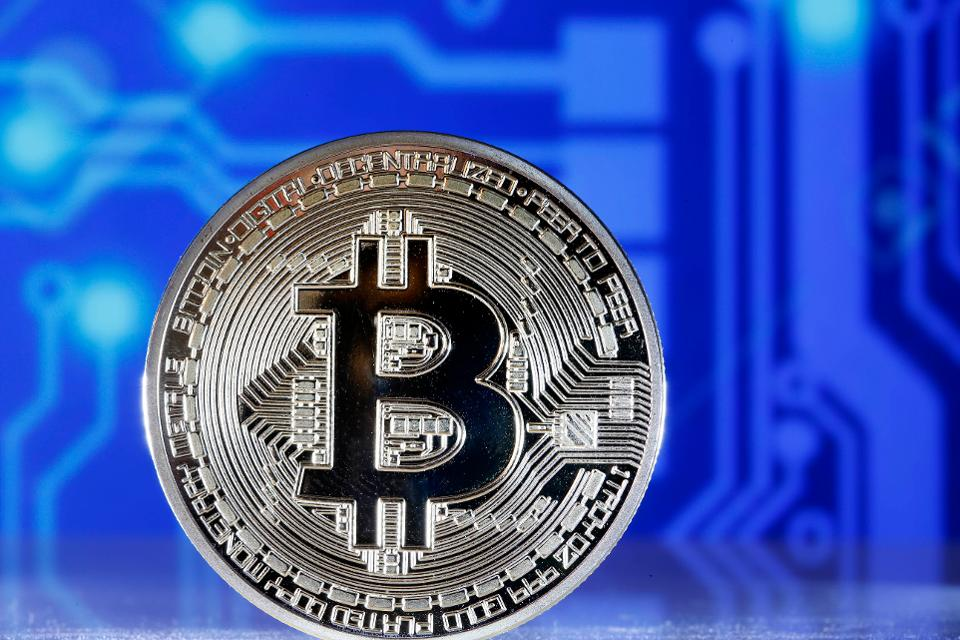 Bitcoin Cash drops lowest in more than a month at $978.27 https://t.co/sPZcZWDSlC https://t.co/5kCEwv2dIE
