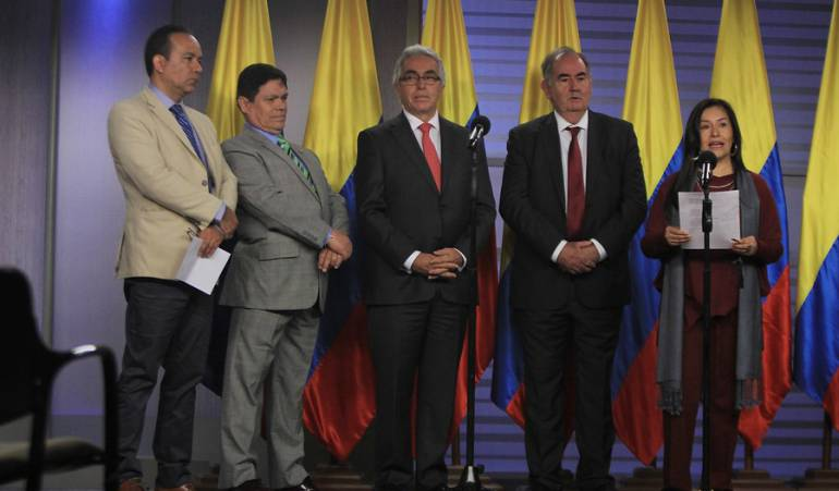 #6AM | Denuncian por prevaricato a los magistrados de la @JurisdiccPaz  ---> #CaracolEsMás https://t.co/IHtb5Sb0tW