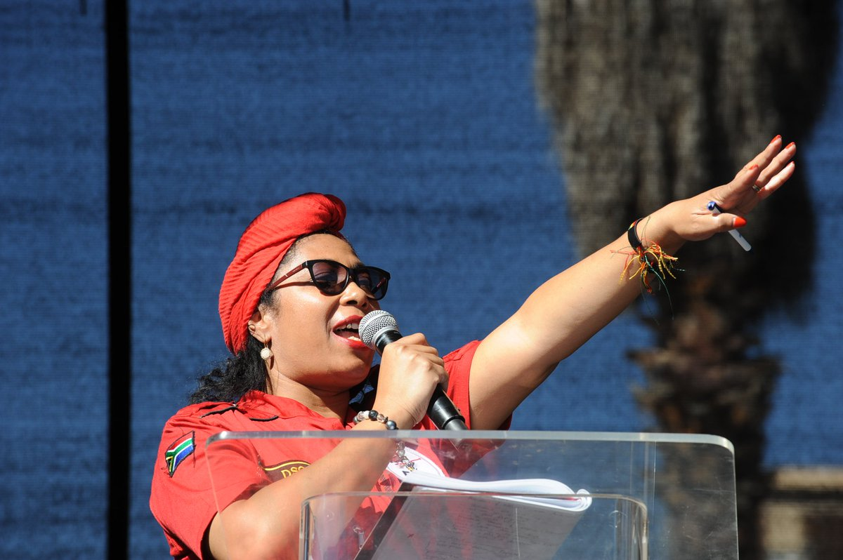 #EFFAfricaDay DSG @hlengiwe44maxon wishing all Africans an Africa Day that celebrates the resilience and tenacity of African women. #AfricaDay<br>http://pic.twitter.com/0sgq1UgeFS