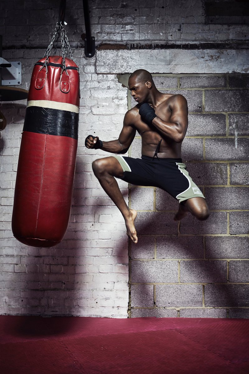 It's go time! @Michaelpage247 is fighting tonight live on @5spiketv at 9pm in #bellator200. Get yourselves comfortable and make sure you tune in. MVP doesn't play around. This could be over in a flash. Get your weekend off to a flyer.