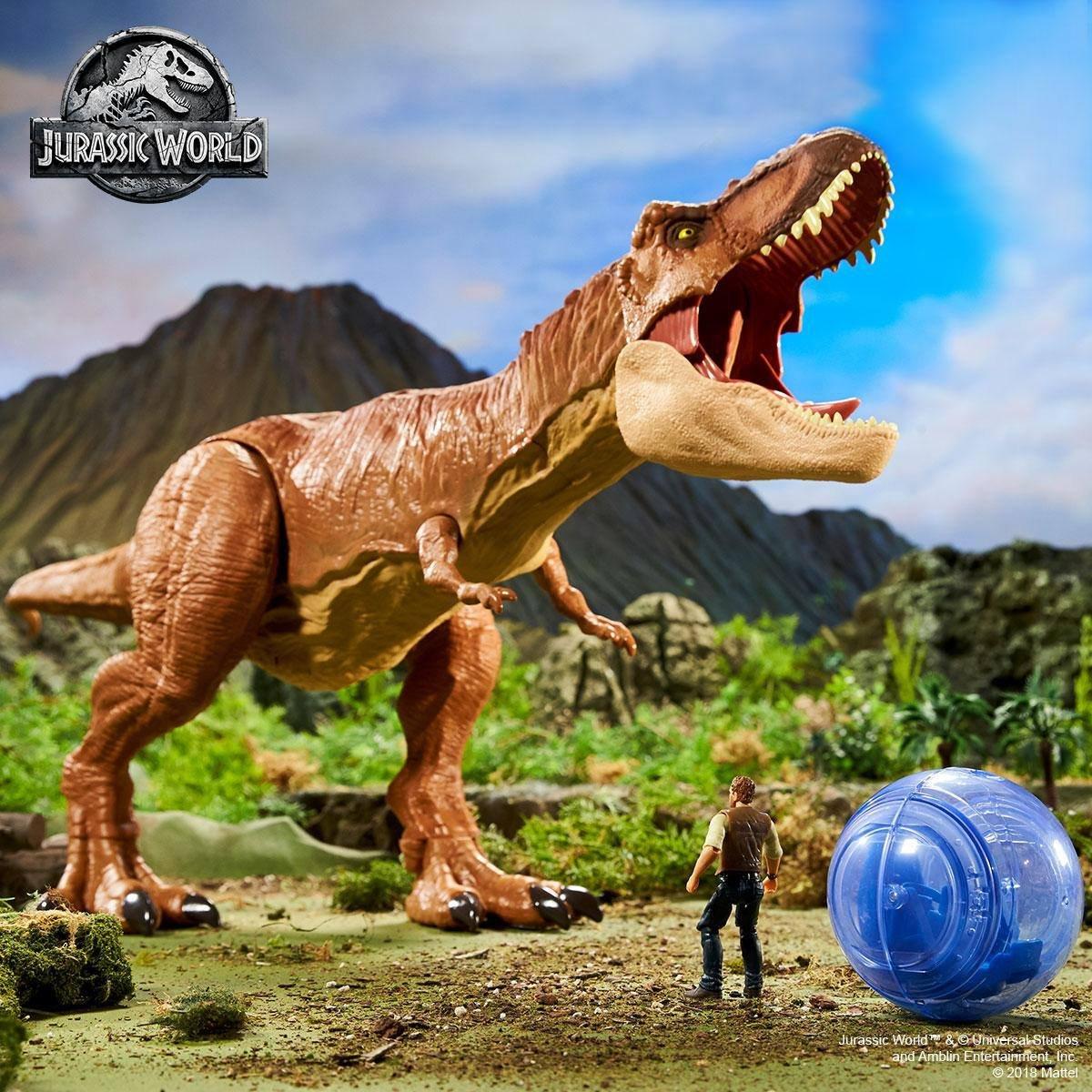 Jurassic World FMY70 Thrash/'n Throw Tyrannosaurus Rex Figure