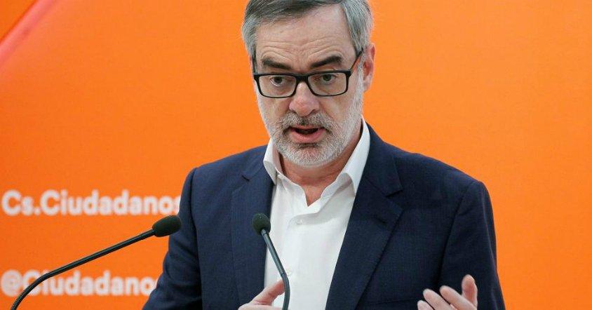 #ÚLTIMAHORA Ciudadanos exige a Rajoy que convoque elecciones ante un 'gobierno insostenible' y amenaza con apoyar una moción de censura 'instrumental' https://t.co/NCvkWCumSa