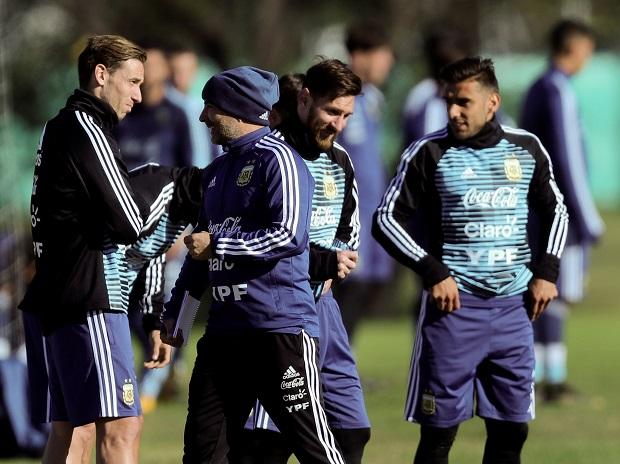 Argentina World Cup Squad 2018: Messi leads Sampaoli's strategy, Icardi out https://t.co/OPbH7yn6q4  @Argentina