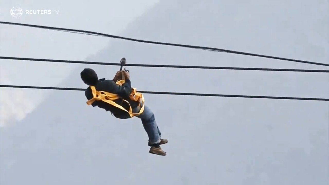 Ziplining becomes a way of life for these villagers in China  https://t.co/BIQpuLf3y2 via @ReutersTV https://t.co/8hNaI2fPt5