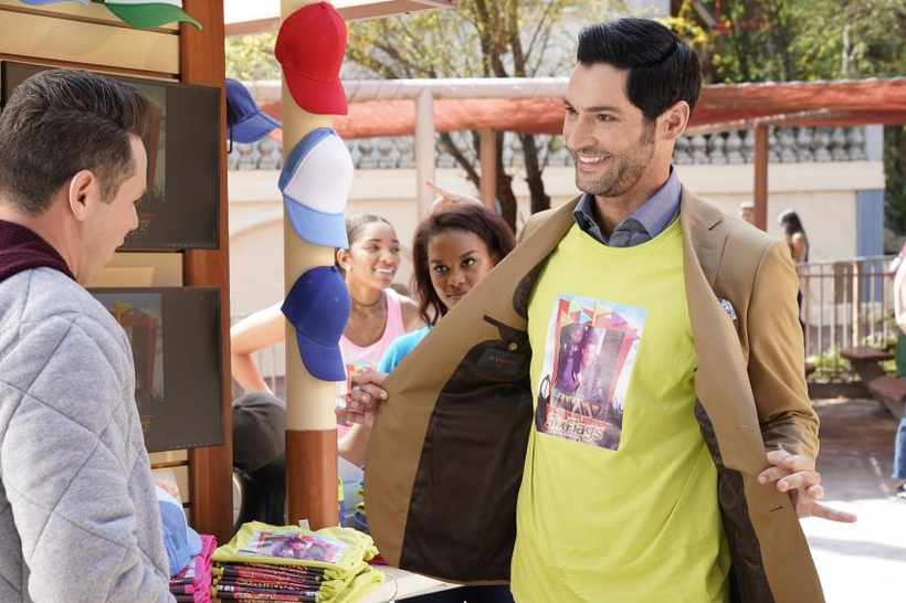 Tom Ellis (@tomellis17) couldn't be happier in first-look pictures for #Lucifer's standalone episodes #SaveLucifer #PickUpLucifer https://t.co/lmwm2iRDsN