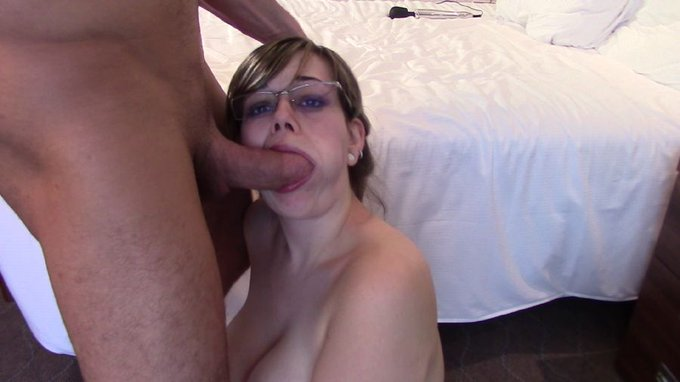 """BOOM! Another #AdultWork.com movie clip sale https://t.co/7EgerqiQLQ """"Fuck my face sir with massive facial"""""""