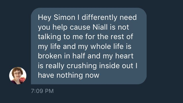 @NiallOfficial hey Niall! I was just roleplaying Simon when this girl named Rose messaged me. She wants you to notice her. She really deserves to be noticed. Please make her biggest wish come true! ❤️❤️❤️
