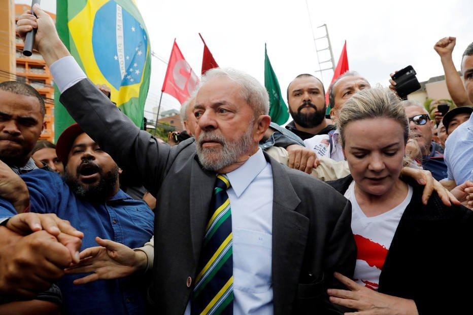 COLUNA: No Brasil do desencanto, Lula é o nome mais aprovado https://t.co/Bm1RG2tBbT